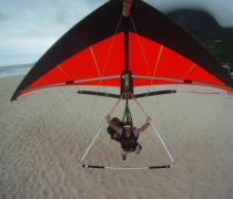 Pouso de Asa Delta praia de São Conrado Rio de Janeiro